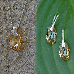 """Prosperity"" Earrings & Pendant Necklace Set"